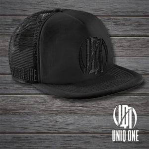 gorra negra uniq one